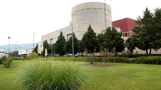 Galería multimedia: foto panorámica del edificio desde el río